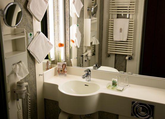 Waldeck SPA Kur Wellness Resort double room komfort bad